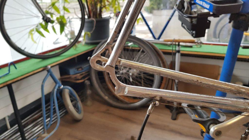 Réparation cadre vélo casser - Atelier Veloroule Genève